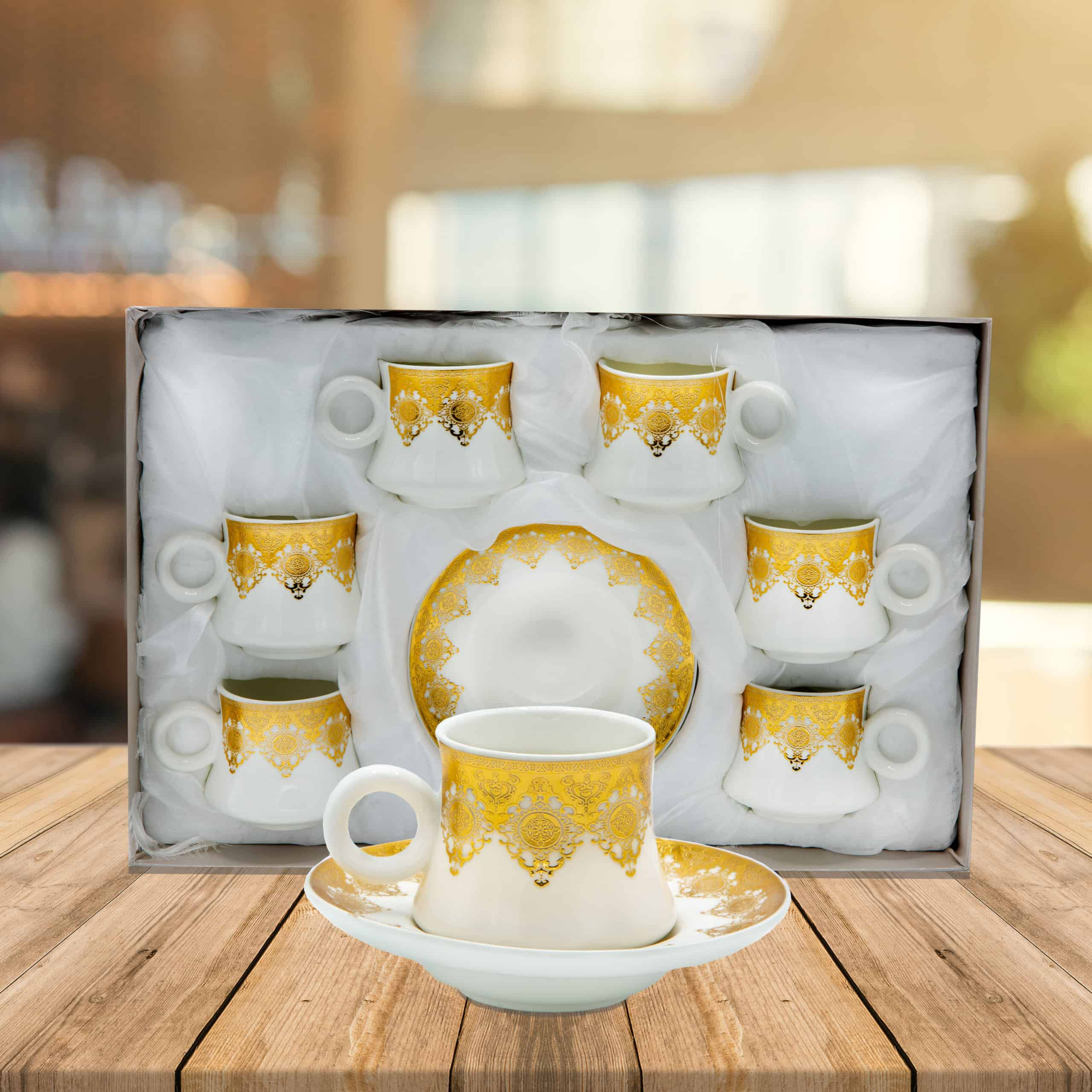 Coffee-Set-Gold-Cup